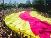 Com 416 desfiles e 500 mil turistas, BH espera ter o maior carnaval da história