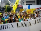No Rio, manifestação reúne centenas em apoio à Lava Jato e contra a impunidade