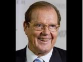Ex-ator de James Bond Roger Moore morre aos 89 anos