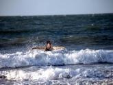 Renovada e limpa, Praia do Araçagi vira atração para turistas e moradores