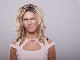 TPM sem neuras: veja os alimentos que combatem mau humor, inchaço e mais!