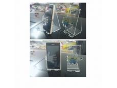 Com recorte a laser, personalizado com adesivo resinadoTamanho e formatos variados, consulte!