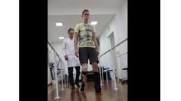 Follmann comemora evolução com prótese e diz que nunca abandonará o esporte