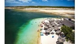 Turistas começam a pagar taxa de permanência em Jericoacoara