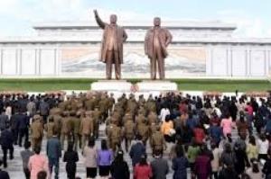 Coreia do Norte realiza exercício de artilharia para comemorar fundação de Exército