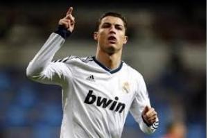 Cristiano Ronaldo quer deixar Real Madrid após acusação de fraude fiscal, diz jornal