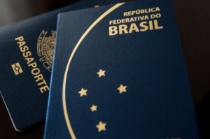 Para retomar produção de passaportes, governo corta dinheiro que seria enviado à ONU