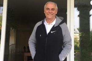 Marcelo Rezende explica por que abandonou quimioterapia: 'Deus mandou'