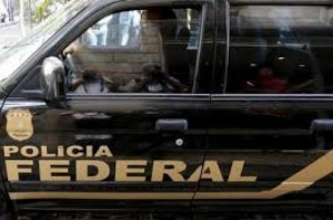 Polícia prende 100 suspeitos de pedofilia em maior operação do tipo no país