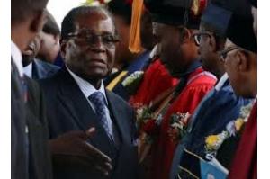 Mugabe renuncia à Presidência do Zimbábue após 4 décadas no poder