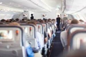 Cartilha orienta médicos a agir em situações de emergência durante voos