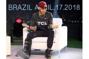 Neymar prevê retorno em um mês e garante que chegará bem à Copa do Mundo
