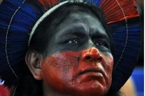 Um milhão de indígenas brasileiros buscam alternativas para sobreviver