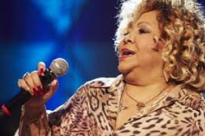 Cantora Alcione é internada em São Paulo