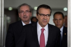 Justiça Federal concede liberdade a ex-ministro Henrique Alves
