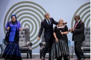África do Sul homenageia Mandela, um 'gigante da História'