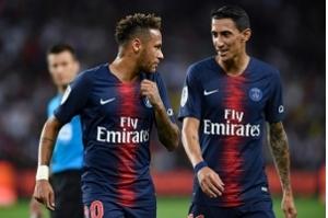 Neymar marca na estreia do PSG na Ligue 1