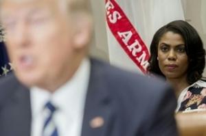 Após vazamento de gravação, Trump chama ex-assessora de 'cadela'
