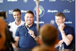 Ronaldo 'Fenômeno' recebe alta de clínica em Ibiza