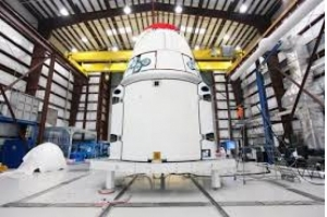 Empresário japonês será o primeiro turista a voar ao redor da Lua