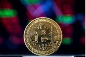 Bitcoin, a maior das criptomoedas, completa dez anos