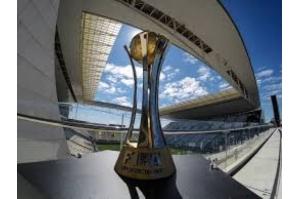 TJ suspende penhora da taça do Mundial de Clubes do Corinthians
