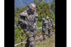 Coreia do Norte retira 636 minas em fronteira com Coreia do Sul, diz Seul