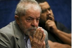 Em depoimento, Lula nega que é dono de sítio em Atibaia
