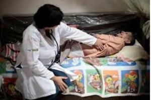 Cuba decide retirar profissionais do Mais Médicos; Bolsonaro diz que dará asilo a cubanos