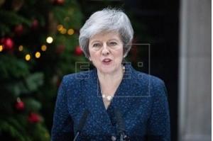 Primeira-ministra do Reino Unido enfrentará moção de censura