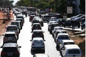 Motoristas podem ter desconto de até 30% no valor do IPVA
