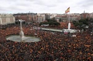 Espanha deve antecipar eleições para abril