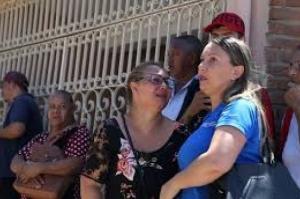 Em meio a desespero e tiros, vizinhos abrigaram alunos de escola em Suzano