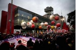 Sindicatos marcham em todo país contra proposta da reforma da previdência
