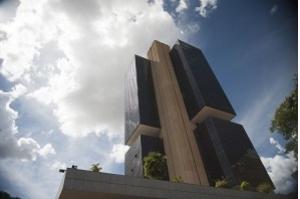 Projeto prevê mandato de quatro anos para dirigentes do Banco Central
