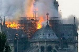 Catedral de Notre-Dame: Os principais fatos históricos sobre igreja consumida pelo fogo