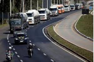 Pacote do governo para caminhoneiros prevê R$2bi para obras em rodovias e linha de crédito