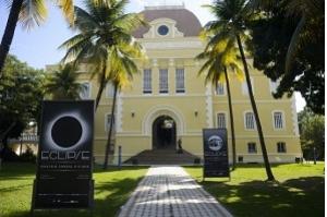 Exposição explica relatividade e aventura para ver eclipse em Sobral