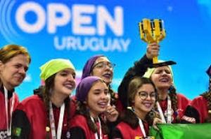 Brasileiros vencem torneio internacional de robótica no Uruguai