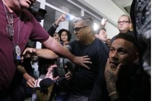 Neymar presta depoimento à polícia em caso de suspeita de estupro