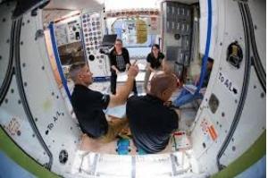 Nasa abrirá Estação Espacial para turismo por US$50 mi