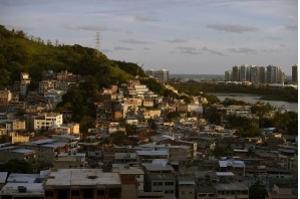 MP cumpre mandado de prisão por exploração ilegal de imóveis no Rio