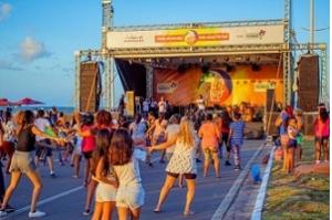 Mais Viver Praia traz grupo Falamansa para animar público neste sábado (20)