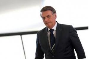 Bolsonaro mobiliza ministros para combater queimadas na Amazônia.