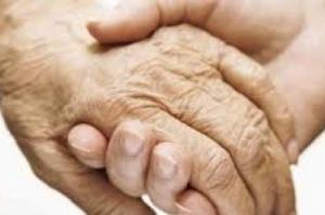 Pesquisadores demonstram beneficios do lítio para idosos com Alzheimer