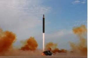 Coreia do Norte estaria construindo submarino para lançar mísseis