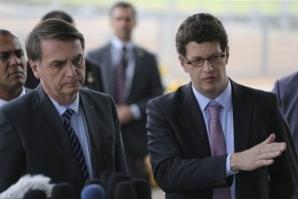 Bolsonaro: petróleo pode ter sido despejado
