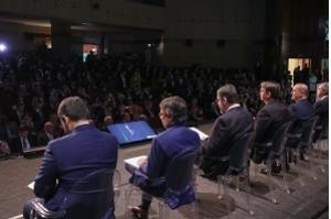 Bolsonaro pede confiança a investidores e diz que quer dividir riqueza
