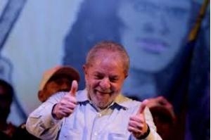 Justiça Federal do Paraná determina liberdade de Lula após decisão do STF