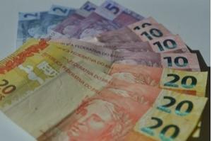 Com Selic em queda, poupança pode passar a render menos que a inflação
